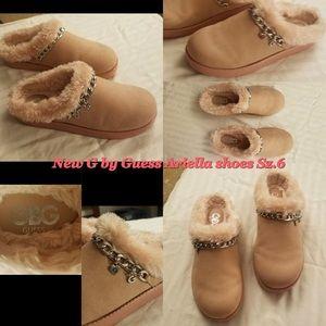 New blush Guess shoe 6